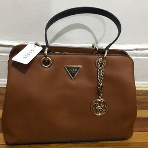 Guess shoulder purse black and brown